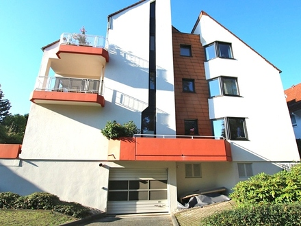 Helle und ruhig gelegene 2,5-Zimmer Maisonette Wohnung in Kurpark Nähe