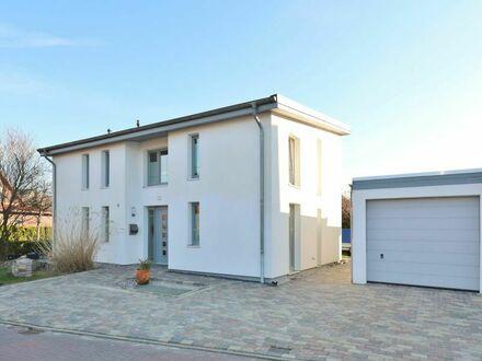 TT Immobilien bietet Ihnen: Architektenhaus in ruhiger Lage von Wilhelmshaven-Fedderwarden!