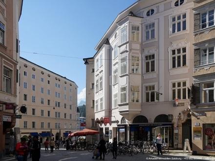 Büro mit Erker - Staatsbrücke (Wohnung daneben verfügbar)