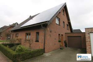 Gepflegte Doppelhaushälfte mit PV-Anlage in ruhiger Lage von Isselburg