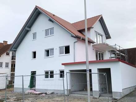 Seit 1992 IMMO-ZAHN ZUM ERSTBEZUG Exkl. NEUBAU DACHSTUDIO-WOHNUNG mit Garten, Garage & STP