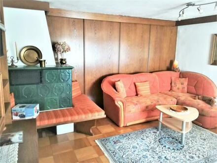 Charmante 3-Zimmer-Wohnung in historischen Gemäuern der Haller Altstadt mit Aussicht, sonnig und hell