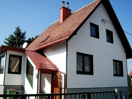 unbefristet: Haus mit Pool und Sauna (kein Verkauf!)