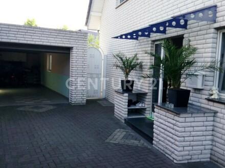 Geräumiges Haus mit gehobener Ausstattung! Preis auf VHB