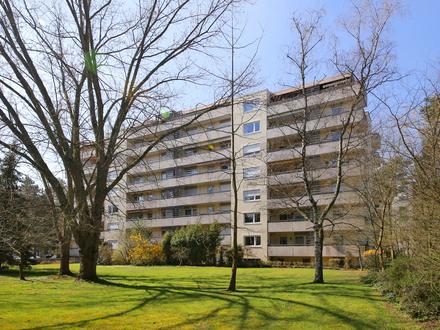 Attraktive und große 3,5-Zimmer-Wohnung mit Balkon und Stellplatz