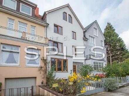 Gut geschnittene, moderne 2-Zimmer-Wohnung mit großer Terrasse in Bestlage