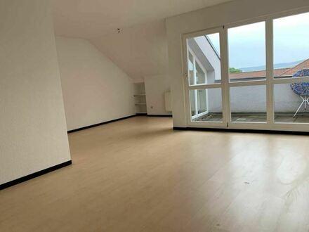 Sonnige 2-Zimmer-Wohnung in 2. Etage Mehrfamilienhaus