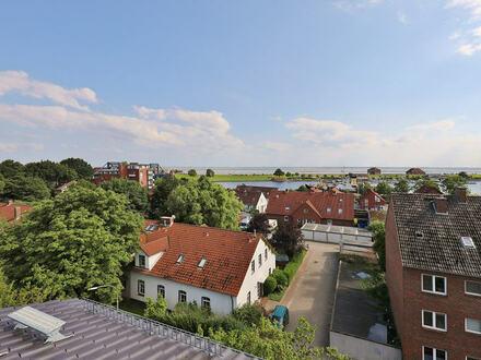TT Immobilien bietet Ihnen: Dachterrasse mit Blick über Hafen und Meer - bis nach Dangast!