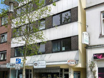 Hoch interessantes Wohn- und Geschäftshaus in der Fußgängerzone von Vegesack als attraktive Kapitalanlage.