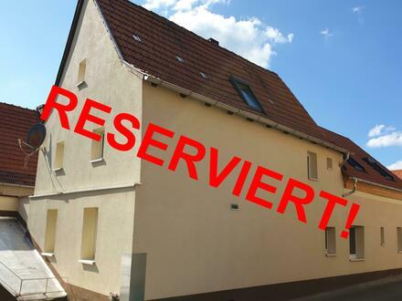 RB Immobilien – Kernsaniertes Einfamilienhaus, mit Werkstatt, Stall, Garten und Innenhof in Armsheim.