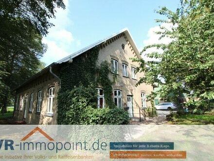 Herrenhaus/Resthof mit großzügigen Nutzflächen in ländlicher Lage nahe der Dänischen Grenze