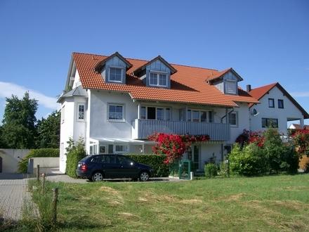 Ruhige 3ZKB Dachgeschoß-Wohnung, ca. 84m², Tiefgarage. IN-Friedrichshofen