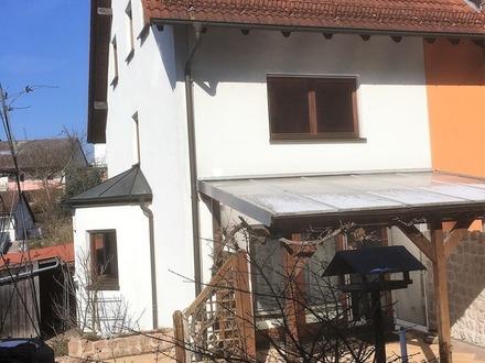 Traumhafte Doppelhaushälfte vor den Toren Bambergs
