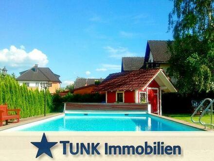 Platzwunder! Stadtvilla im Landhausstil, ideal für Mehrgenerationenwohnen mit einem 2. Bauplatz in Karlstein am Main!