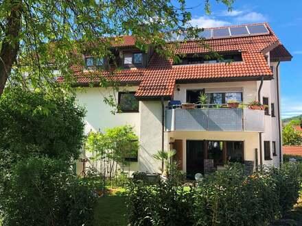 Gemütliche Dachgeschosswohnung im Grünen...