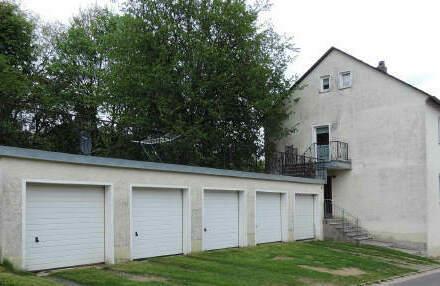 Preiswertes Zweifamilienhaus in ruhiger Lage