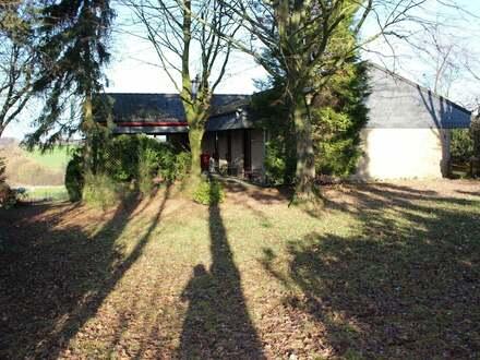 Charmanter Bungalow mit tollem Weitblick und Einliegerwohnung in Jöllenbeck