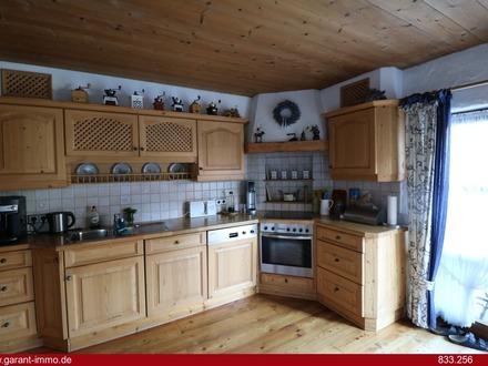 WOW! Endlich viel Platz für die Familie - sonnige Doppelhaushälfte mit Terrasse und Garten