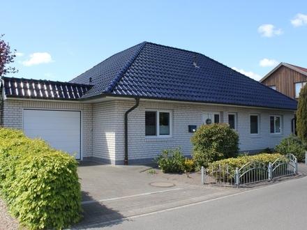 5660 - Ebenerdiges Wohnen mit Garage und Ausbaureserve - nur wenige Kilometer bis Oldenburg!