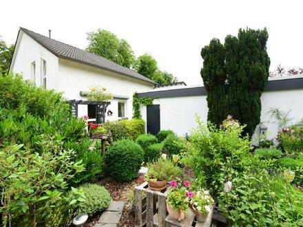Erstklassige, top gepflegte Doppelhaushälfte gehobenen Standards in sehr guter Lage von Bremen-St.-Magnus!