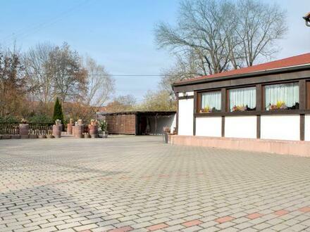 Wohn- und Geschäftshaus in idyllischer Lage!