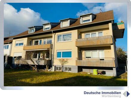 Immobilieninvest: 5- Familienhaus mit 3 Garagen in S- Möhringen