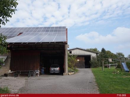 Ehemaliger Bauernhof mit Nebengebäude und guter Rendite durch zwei Photovoltaik-Anlagen