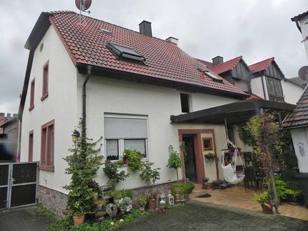 Schmucke Doppelhaushälfte in Obernburg
