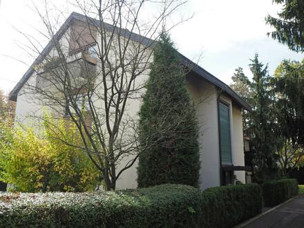 2-Zimmer-Dachstudio-Wohnung in S-Sillenbuch