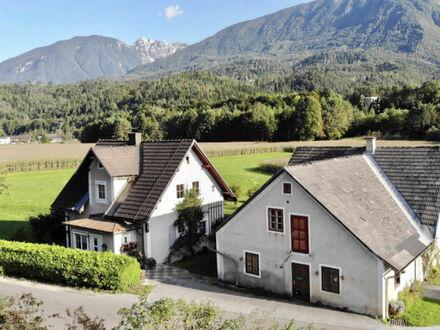 St. Margareten i. R. - Dullach: Häuschen mit Nebengebäude auf großem Grund