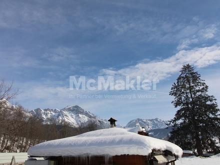 Alleinstehendes Ferienhaus mit traumhaftem Ausblick direkt am Skigebiet!