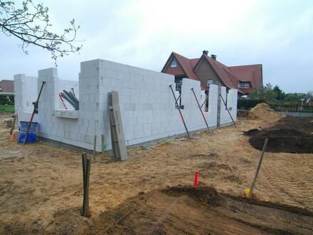 Behindertengerechter Neubau Bungalow mit massiver Garage in zentraler Lage/ Nahe dem Haselünner See !