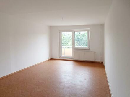 Kleinfamilien aufgepasst! Nette 3-Zimmer-Wohnung mit Balkon