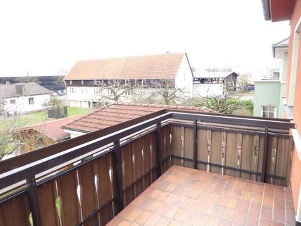 zentral gelegene, neu renovierte 2-Zimmer-Wohnung