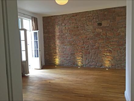 MODERNE FEATURES VS. MEDITERRANEM FLAIR! Hochwertige 4 Zimmer+ Balkone im Herzen von Aschaffenburg!