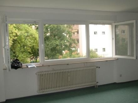 Wohn-und Schlafzimmer