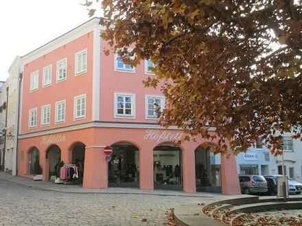 TOP-Lage Attraktives Geschäftshaus unter Denkmalschutz in der Altstadt Trostberg