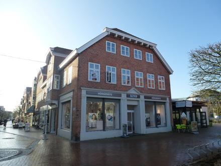 Arbeiten mit Blick auf den Marktplatz! Büroräumlichkeiten im Obergeschoss zu vermieten!