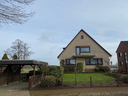 Geräumige Dachgeschosswohnung mit Blick auf den Wiesen in Lilienthal-Feldhausen
