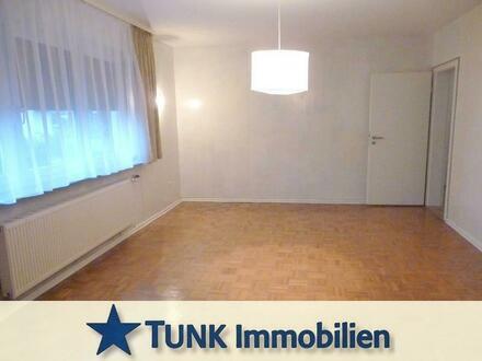 Haus im Haus - 4 Zi. Wohnung + Wintergarten über 2 Etagen mit Garten in Kahl!