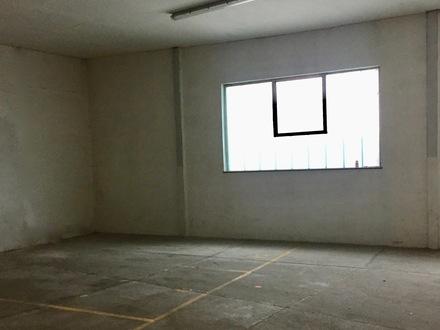 Großraumgarage oder Lager