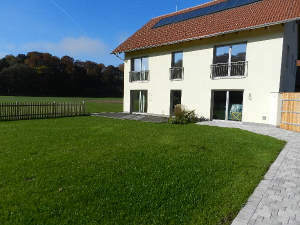 Wohnhaus in idyllischer Natur in Österreich nahe Burghausen