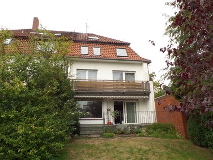 Geräumige Doppelhaushälfte auf großzügigem Grundstück in Osnabrück-Eversburg!