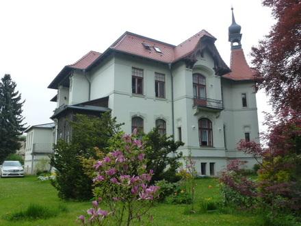 Herrschaftliche Fabrikantenvilla im Oberlausitzer Bergland