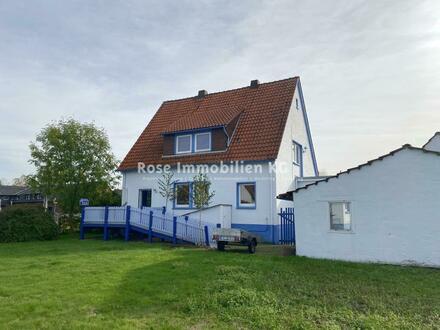 Ein- bis Zweifamilienhaus in Petershagen mit großem Grundstück