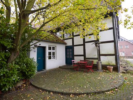 Nachmieter gesucht für liebevoll restaurierte Wohnung im historischen Fachwerkhaus