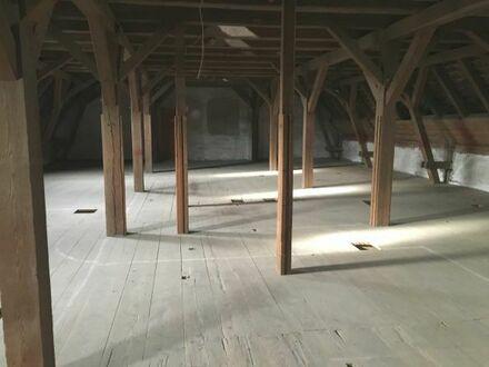 26_VH3576 Teilbare Lagerflächen im historischen Gebäude / Obertraubling