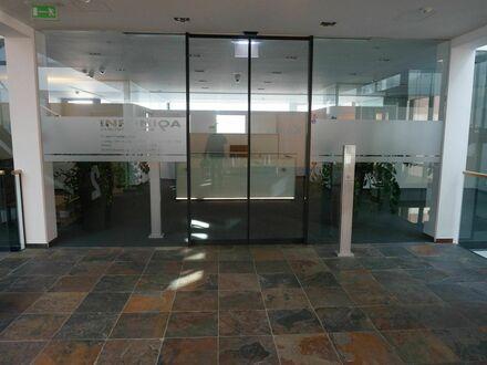 Attraktive Büroflächen in der Traunufer Arkade Thalheim zu vermieten