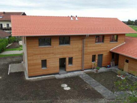 Bezugsfertige Doppelhaushälfte in Weisham