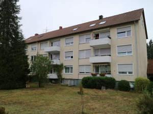 Stadtnahe 3-Zimmer-Wohnung mit Süd-Balkon und Garage
